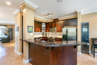 """Photo 6: 61 19330 69 Avenue in Surrey: Clayton Townhouse for sale in """"Montebello"""" (Cloverdale)  : MLS®# R2385616"""