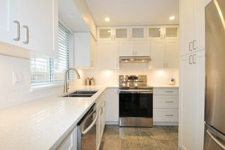 """Photo 2: 22 23151 HANEY Bypass in Maple Ridge: East Central Townhouse for sale in """"STONEHOUSE ESTATES"""" : MLS®# R2386013"""