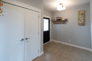 Photo 5: 17007 65 Street in Edmonton: Zone 03 House for sale : MLS®# E4164576
