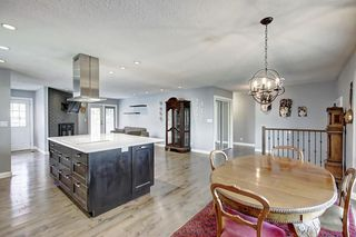 Photo 8: 316 SILVER HILL Way NW in Calgary: Silver Springs Detached for sale : MLS®# C4265263
