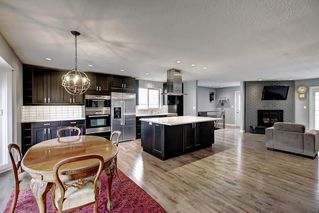 Photo 6: 316 SILVER HILL Way NW in Calgary: Silver Springs Detached for sale : MLS®# C4265263