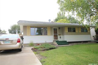 Photo 1: 2002 Richardson Road in Saskatoon: Westview Heights Residential for sale : MLS®# SK785633