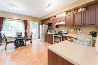 "Photo 6: 51 15065 58 Avenue in Surrey: Sullivan Station Townhouse for sale in ""SPRINGHILL"" : MLS®# R2411473"