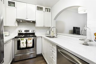 "Photo 9: 105 2588 ALDER Street in Vancouver: Fairview VW Condo for sale in ""BOLLERT PLACE"" (Vancouver West)  : MLS®# R2436211"