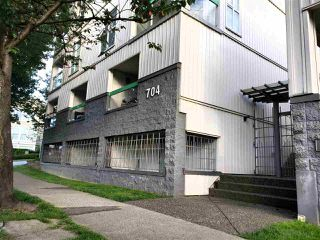 "Main Photo: 19 704 W 7TH Avenue in Vancouver: Fairview VW Condo for sale in ""Heather Park"" (Vancouver West)  : MLS®# R2470222"