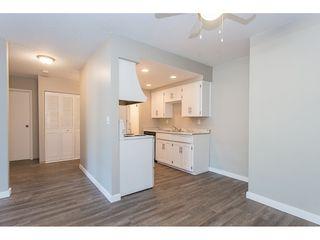 Photo 4: 105 33956 ESSENDENE Avenue in Abbotsford: Central Abbotsford Condo for sale : MLS®# R2474132