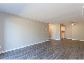 Photo 8: 105 33956 ESSENDENE Avenue in Abbotsford: Central Abbotsford Condo for sale : MLS®# R2474132