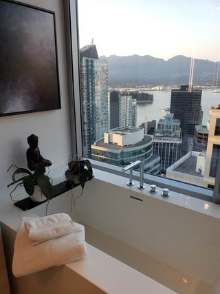 "Photo 20: 3402 1111 ALBERNI Street in Vancouver: West End VW Condo for sale in ""Shangri-La Live/Work"" (Vancouver West)  : MLS®# R2482149"