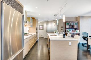 "Photo 9: 3402 1111 ALBERNI Street in Vancouver: West End VW Condo for sale in ""Shangri-La Live/Work"" (Vancouver West)  : MLS®# R2482149"