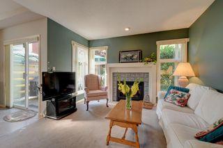 Photo 6: 6 3955 Oakwinds St in : SE Mt Doug Row/Townhouse for sale (Saanich East)  : MLS®# 851274