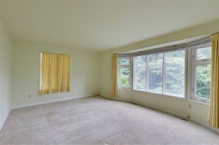 """Photo 8: 2702 CEDAR Drive in Surrey: Crescent Bch Ocean Pk. House for sale in """"Crescent Heights"""" (South Surrey White Rock)  : MLS®# R2518021"""