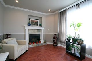 Photo 8: 15887 102B Avenue in Surrey: Guildford House for sale (North Surrey)  : MLS®# F1111321