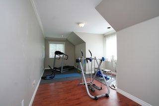 Photo 31: 15887 102B Avenue in Surrey: Guildford House for sale (North Surrey)  : MLS®# F1111321