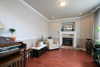 Photo 7: 15887 102B Avenue in Surrey: Guildford House for sale (North Surrey)  : MLS®# F1111321