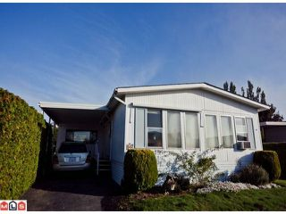 "Photo 1: 55 2303 CRANLEY Drive in White Rock: King George Corridor Manufactured Home for sale in ""SUNNYSIDE ESTATES"" (South Surrey White Rock)  : MLS®# F1125566"