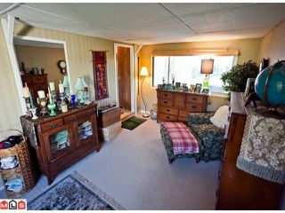 "Photo 10: 55 2303 CRANLEY Drive in White Rock: King George Corridor Manufactured Home for sale in ""SUNNYSIDE ESTATES"" (South Surrey White Rock)  : MLS®# F1125566"