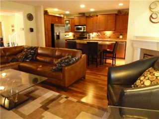 Photo 3: 5 3300 PLATEAU Boulevard in Coquitlam: Westwood Plateau Condo for sale : MLS®# V937878