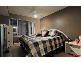 Photo 3: 106 13226 104 Avenue in Surrey: Condo for sale : MLS®# F2904427