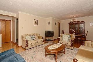 Photo 13: 113 Hickorynut Drive in Toronto: Pleasant View House (Bungalow-Raised) for sale (Toronto C15)  : MLS®# C3037730
