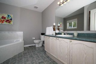 Photo 17: Carveth Cres in Clarington: Newcastle House (2-Storey) for sale