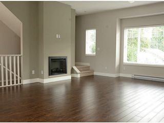 """Photo 7: 17 2183 PRAIRIE Avenue in Port Coquitlam: Glenwood PQ Townhouse for sale in """"VILLAGE GREEN"""" : MLS®# V1094746"""