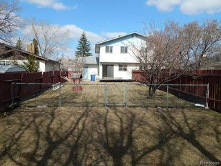 Photo 11: 371 Barker Boulevard in WINNIPEG: Charleswood Residential for sale (South Winnipeg)  : MLS®# 1506087