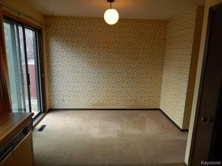 Photo 5: 371 Barker Boulevard in WINNIPEG: Charleswood Residential for sale (South Winnipeg)  : MLS®# 1506087