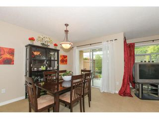 "Photo 5: 205 8260 162A Street in Surrey: Fleetwood Tynehead Townhouse for sale in ""FLEETWOOD MEADOWS"" : MLS®# F1441120"