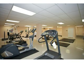 "Photo 35: 401 15340 19A Avenue in Surrey: King George Corridor Condo for sale in ""Stratford Gardens"" (South Surrey White Rock)  : MLS®# F1448318"