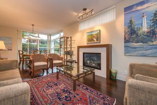 "Photo 5: 107 6018 IONA Drive in Vancouver: University VW Townhouse for sale in ""Argyll House West"" (Vancouver West)  : MLS®# R2000620"