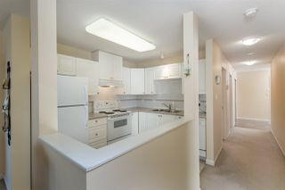 Photo 8: 907 612 SIXTH Street in NEW WEST: Uptown NW Condo for sale (New Westminster)  : MLS®# R2004900