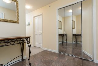 Photo 2: 907 612 SIXTH Street in NEW WEST: Uptown NW Condo for sale (New Westminster)  : MLS®# R2004900