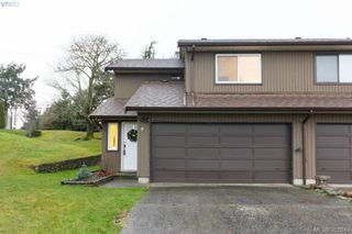 Photo 1: 9 7751 East Saanich Rd in SAANICHTON: CS Saanichton Row/Townhouse for sale (Central Saanich)  : MLS®# 718315