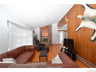 Photo 2: 130 Irving Place in WINNIPEG: East Kildonan Residential for sale (North East Winnipeg)  : MLS®# 1605132