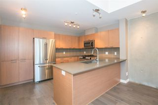 "Photo 8: 2711 SPRING Street in Port Moody: Port Moody Centre Townhouse for sale in ""THE STATION"" : MLS®# R2068490"