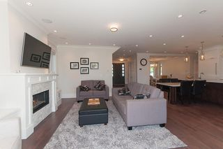 Photo 5: 347 E 14TH Street in North Vancouver: Central Lonsdale House for sale : MLS®# R2077604