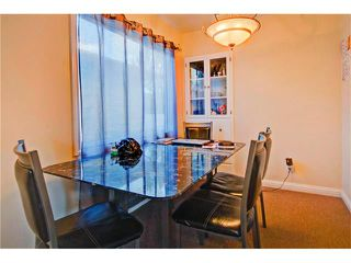 Photo 5: 4232 7 Avenue SW in Calgary: Rosscarrock House for sale : MLS®# C4078756