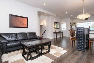 "Photo 5: 40 6971 122 Street in Surrey: West Newton Townhouse for sale in ""Aura"" : MLS®# R2120843"