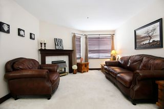 "Photo 2: 44 3087 IMMEL Street in Abbotsford: Central Abbotsford Townhouse for sale in ""Clayburn Estates"" : MLS®# R2147621"