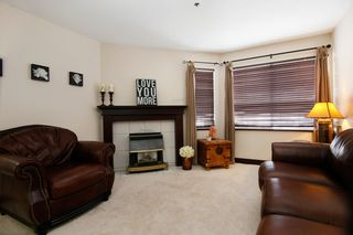 "Photo 3: 44 3087 IMMEL Street in Abbotsford: Central Abbotsford Townhouse for sale in ""Clayburn Estates"" : MLS®# R2147621"