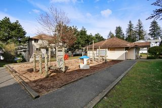 "Photo 19: 44 3087 IMMEL Street in Abbotsford: Central Abbotsford Townhouse for sale in ""Clayburn Estates"" : MLS®# R2147621"