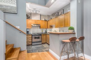 "Photo 10: 2782 VINE Street in Vancouver: Kitsilano Townhouse for sale in ""The Mozaiek"" (Vancouver West)  : MLS®# R2151077"