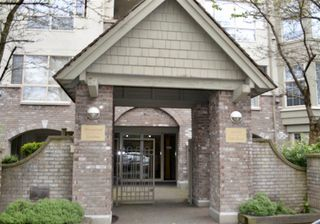 """Photo 1: 406 5650 OAK Street in Vancouver: Cambie Condo for sale in """"BLOOMFIELD GARDENS"""" (Vancouver West)  : MLS®# R2169257"""