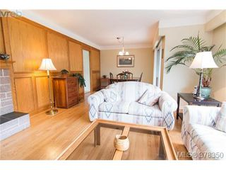 Photo 6: 1241 Rockcrest Pl in VICTORIA: Es Rockheights House for sale (Esquimalt)  : MLS®# 759776