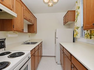 "Photo 10: 904 2165 W 40TH Avenue in Vancouver: Kerrisdale Condo for sale in ""The Veronica"" (Vancouver West)  : MLS®# R2172373"