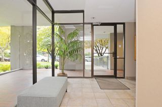 "Photo 4: 904 2165 W 40TH Avenue in Vancouver: Kerrisdale Condo for sale in ""The Veronica"" (Vancouver West)  : MLS®# R2172373"