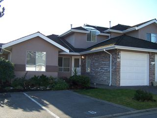 Photo 1: 124 15550 26TH Ave in South Surrey White Rock: Home for sale : MLS®# F2926962