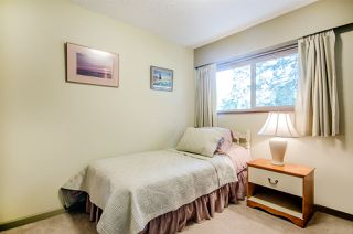 "Photo 12: 12699 26A Avenue in Surrey: Crescent Bch Ocean Pk. House for sale in ""OCEAN PARK"" (South Surrey White Rock)  : MLS®# R2175246"