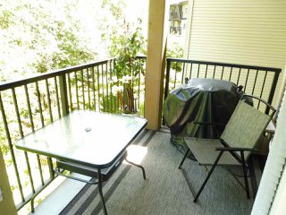 Photo 14: 305 300 KLAHANIE DRIVE in Port Moody: Port Moody Centre Condo for sale : MLS®# R2174432