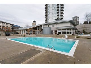 Photo 16: 305 300 KLAHANIE DRIVE in Port Moody: Port Moody Centre Condo for sale : MLS®# R2174432